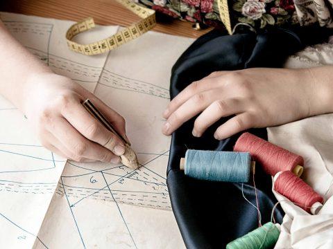 めざす方向別アパレル・ファッション業界のキャリアアッププラン【クリエイティブ編】