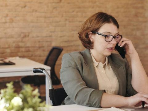 アパレルの内勤職として働きたい!代表的な職種と就職・転職方法を解説