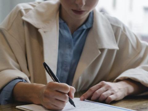 未経験からアパレルECサイトの担当になるには?業務や必要なスキルを紹介
