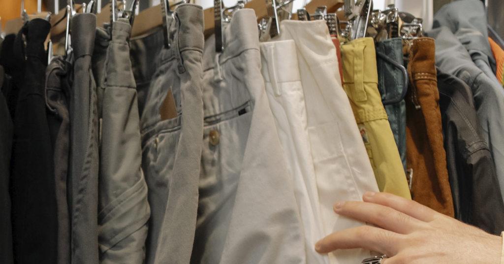 服の仕入れ方法