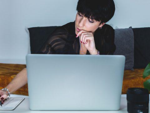 アパレル業界❘30代で転職を成功させる秘訣とは?